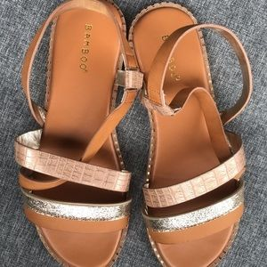 Bamboo sandals size 8.5